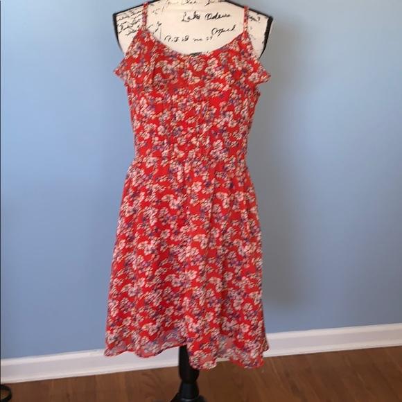 Elle Dresses & Skirts - ELLE size 10 short red dress